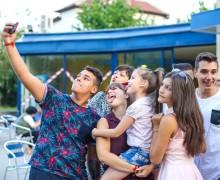 Traffic Light Party - младежка вечер в навечерието на деня на младежта 2017